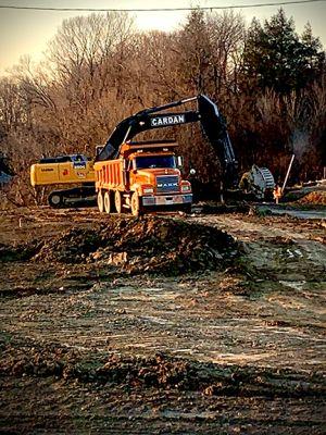 excavation-photo_sm.jpg
